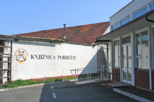 The Pobrežje Library (Photo Maja Logar, 2006)